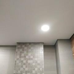 Теневые натяжные потолки